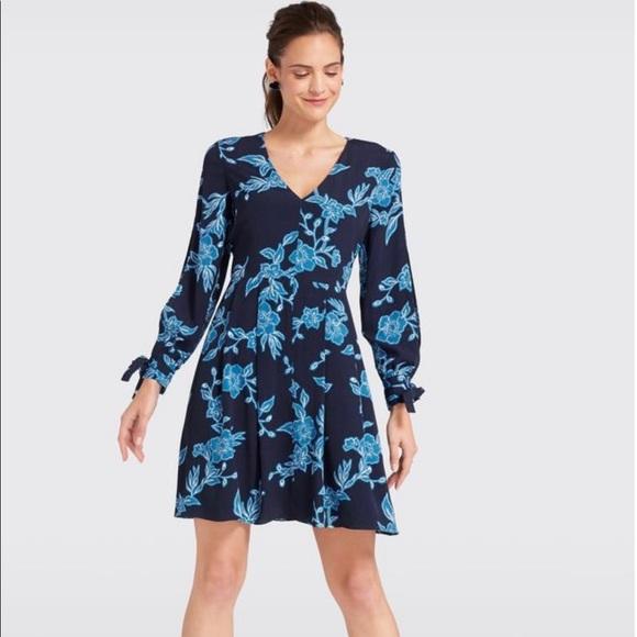 Draper James Dresses & Skirts - NWT Draper James Geranium Floral Tie Sleeve Dress